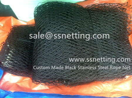 Manufacturers customized black stainless steel rope netting