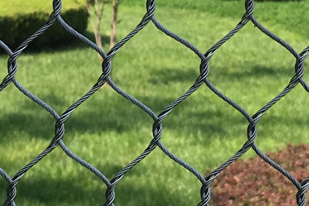 Black stainless steel cable mesh for animal enclosure fences