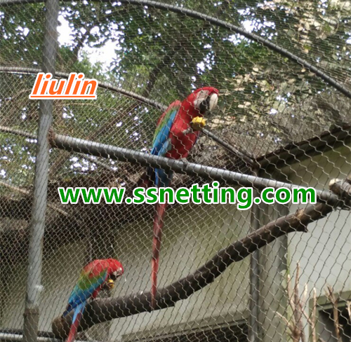 Anti Bird Netting price depends on the type and size of the birds, especially the mixed cages, anti Bird Netting's choice to consider the largest and smallest birds, especially aggressive, destructive birds. Different bird cages need different specifications, the Anti Bird Netting price is different.