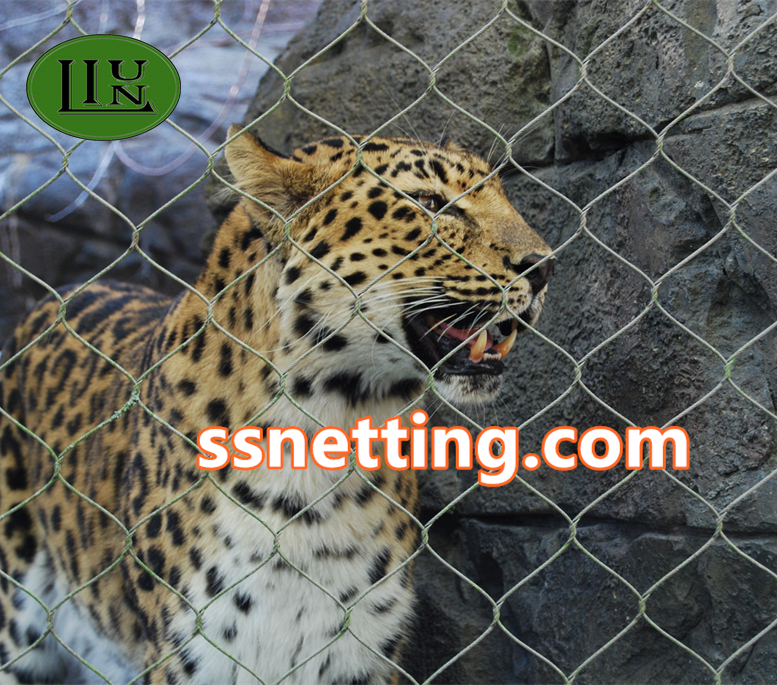 stainless steel zoo mesh used for animal fence, animal enclosure, bird cage netting